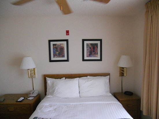 TownePlace Suites Houston Northwest: Room