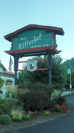 Der Ritterhof Signage from the street front