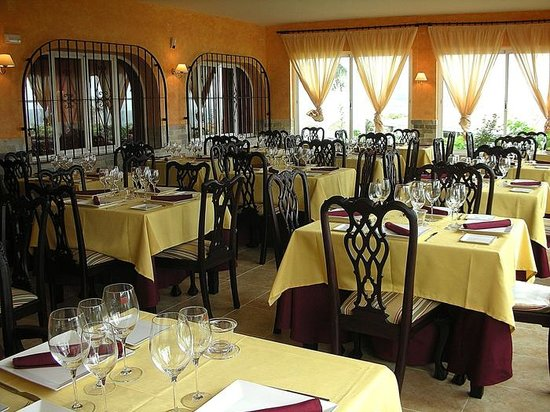 El Dorado Restaurante: Interior