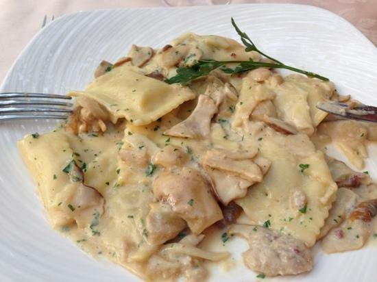 Ristorante Bilacus: ravioli with porchini mushroom, bellissimo!
