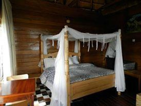 Mburo Safari Lodge: Single room Cottage