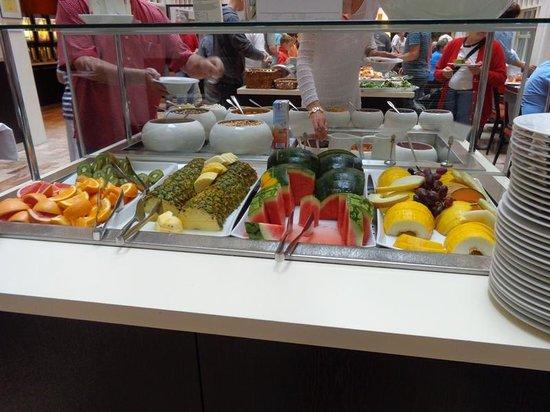 Scandic Victoria: Il buffet della frutta