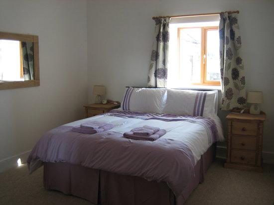 Hendre Barns: Delfryn - Double Bedroom