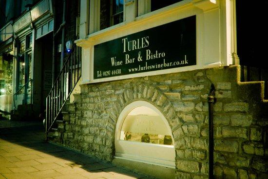 Turles Restaurant: Building Exterior