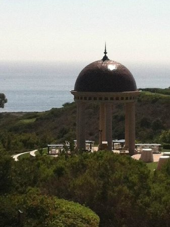 The Resort at Pelican Hill: Looking out from the terrace