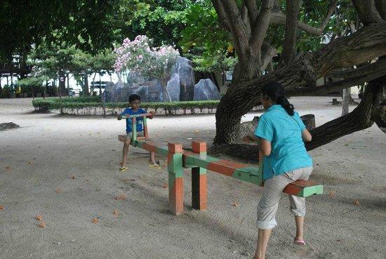 Pulau Bidadari Resort: play area