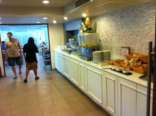 Sunshine Hotel & Residences : @ Breakfast