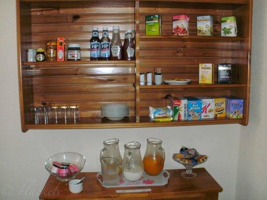 Kingsholm Hotel: Selbstbedienung beim Frühstück