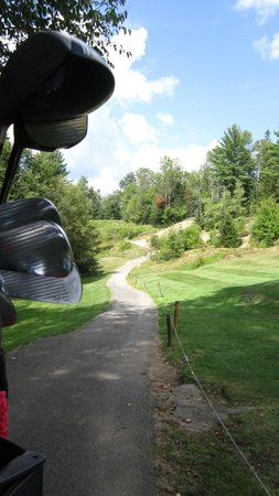 Craig Wood Golf Course: Looking up to 13th tee from the green