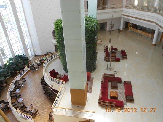 Laico Tunis Hotel : lobby en lagergelegen gezellige bar !