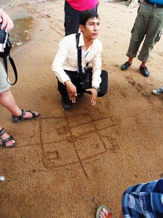 Angkor Tour Services: Vutha explaining the exit of the temple