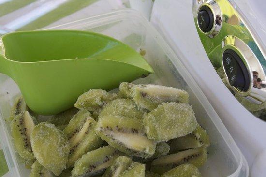 Hazel Food Market: Frozen kiwi slushie