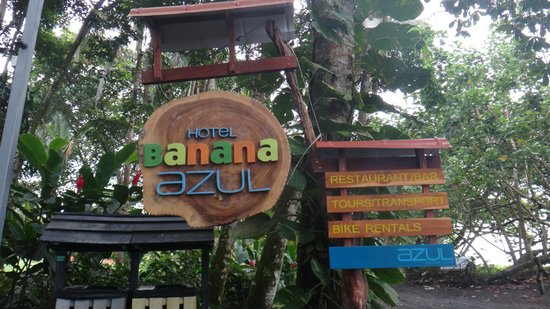 Hotel Banana Azul: sign