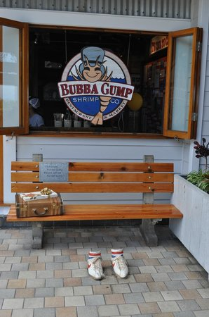 Bubba Gump Shrimp Co. : outside while you wait , just like Forest Gump