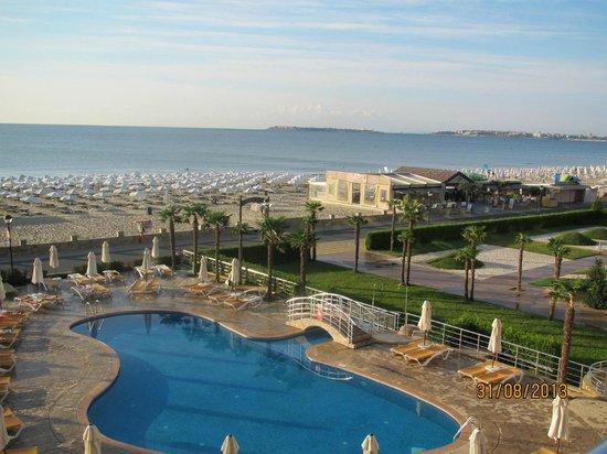 DIT Evrika Beach Club Hotel : Vue sur mer de la chambre Bloc D