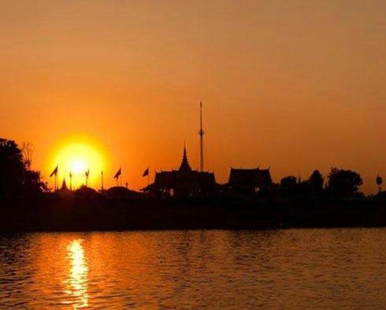 Mekong Getaways: Phnom Penh