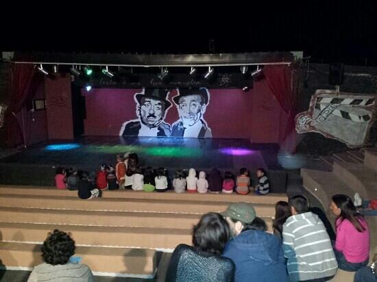 Blue Marine Village: teatro