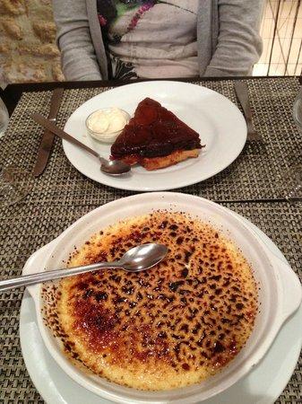 Le Pressoir: Giant creme brûlée and summer fruit gateaux