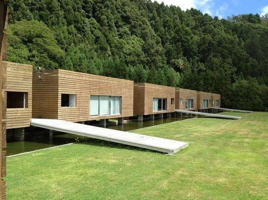 Furnas Lake Villas: Это вид с веранды нашего домика