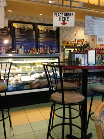 Kaminsky's New York Deli: Inside Pic