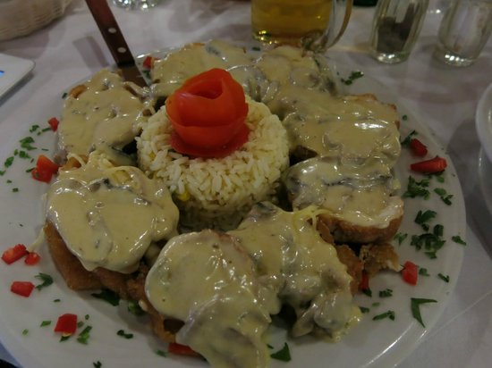 """Restaurant Drosia: Chicken """"Drosia"""""""