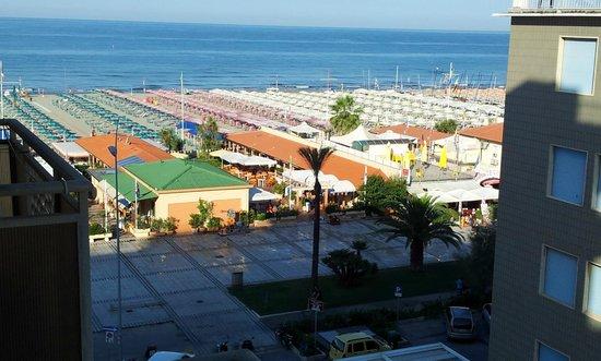 Hotel Residence Villa Jolanda: Vista dalla camera