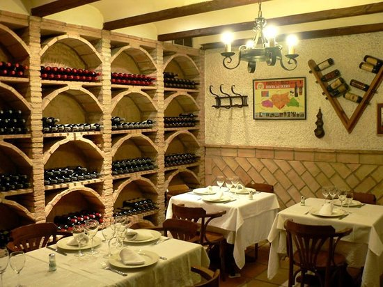 Restaurante victoria la alberca restaurant reviews for Alberca restaurante