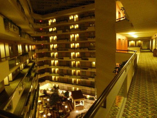 Embassy Suites by Hilton Secaucus - Meadowlands : Hall dos aptos