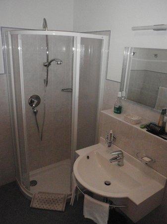 Hotel Bellevue: bagno