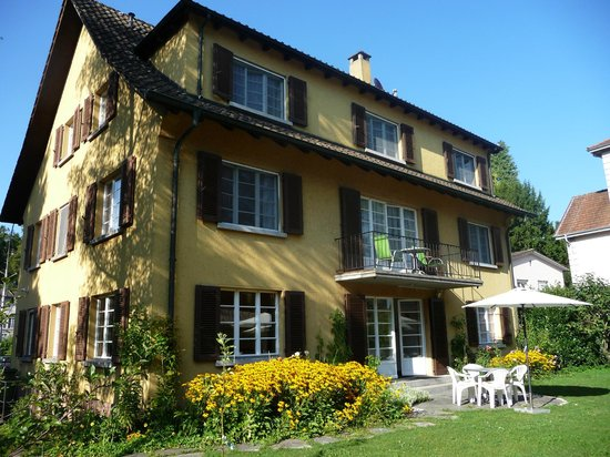 Pension Villa Maria: back of Villa Maria from garden