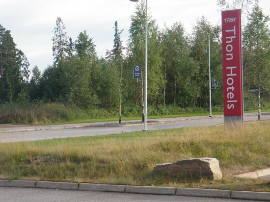 Thon Hotel Gardermoen : The Thon Sign