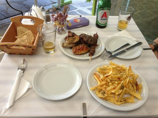 To Spitiko: Assiette modeste