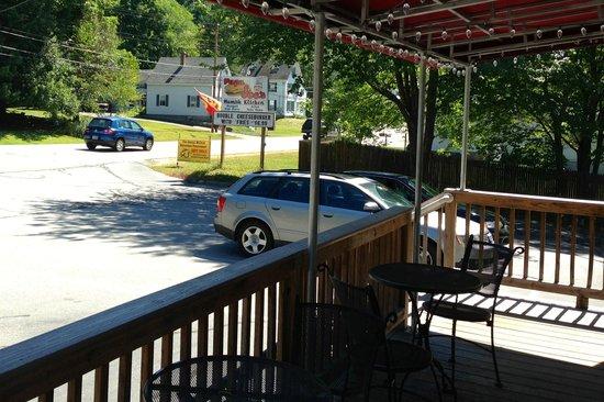 Papa Joe's Humble Kitchen: Front Porch