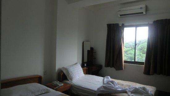 Jewel Hotel : Room