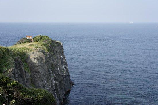 Sakyobana: 左京鼻の断崖絶壁