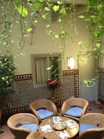 Hotel Boutique Casas de Santa Cruz: The Atrium