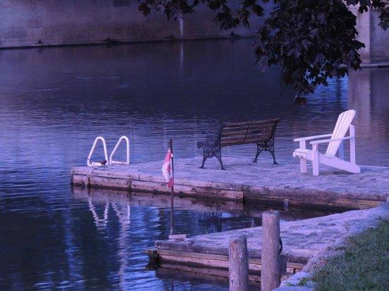 Stonyhurst Inn: Peaceful Dock