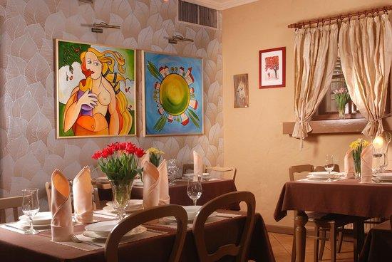 Pastela Restaurant & Cafe