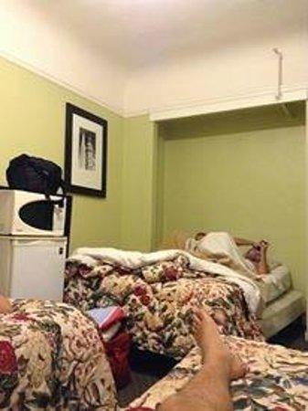 """The Dakota Hotel: La """"chambre"""""""