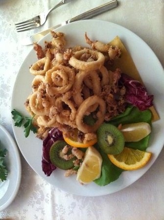 Pizzeria Trattoria Il Gabbiano: fritto di calamari