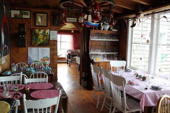 Auberge Le Coin Du Banc Et Chalets : restaurant