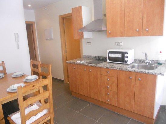 Apartamentos Venecia: cocina/comedor