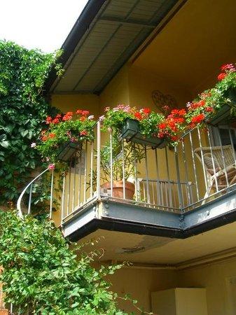 Chez Marie: The balcony where I had a breakfast