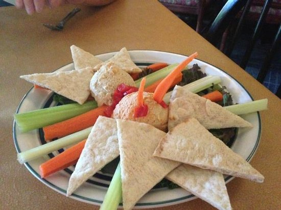 The Frog & the Monkey : Garlic & Red Pepper Hummus
