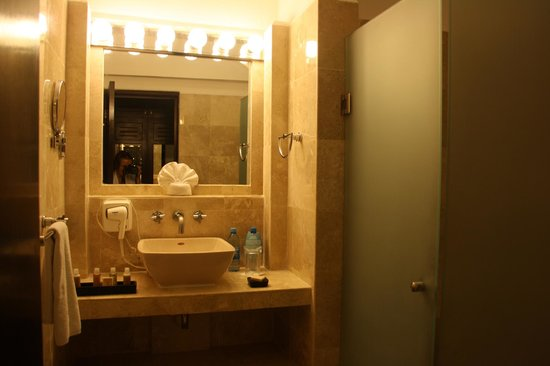 Hacienda Paradise Boutique Hotel by Xperience Hotels: Clean and comfortable bathroom