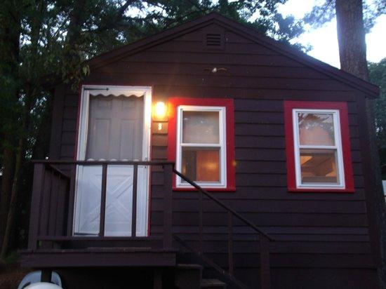 Salisbury, MA: Cabin