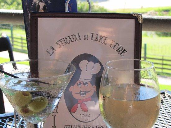 La Strada at Lake Lure: Pleasing patio seating
