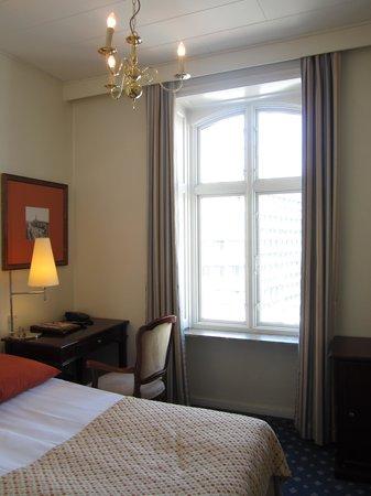 Grand Hotel : window view