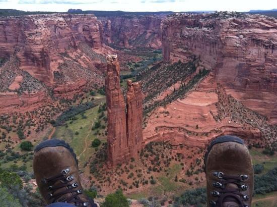 Spider Rock Campground : les pieds dans le vide à Spider Rock