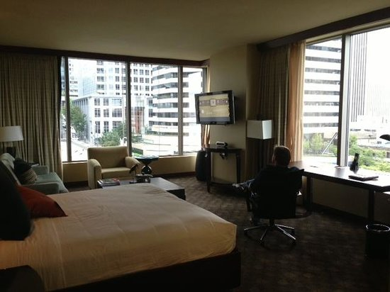 Loews Hotel 1000, Seattle: Room with a View